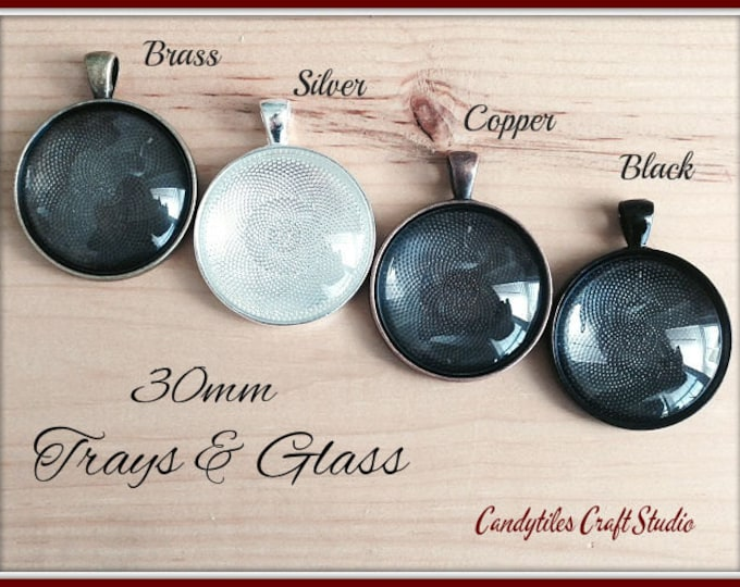 15pk... Circle Pendant Trays...with Glass Inserts ....Size 30mm...Mix and Match