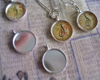 25pc... 14mm Circle Bezel trays...with glass inserts...Mix and Match...Silver... Pendant Trays, Earring Trays