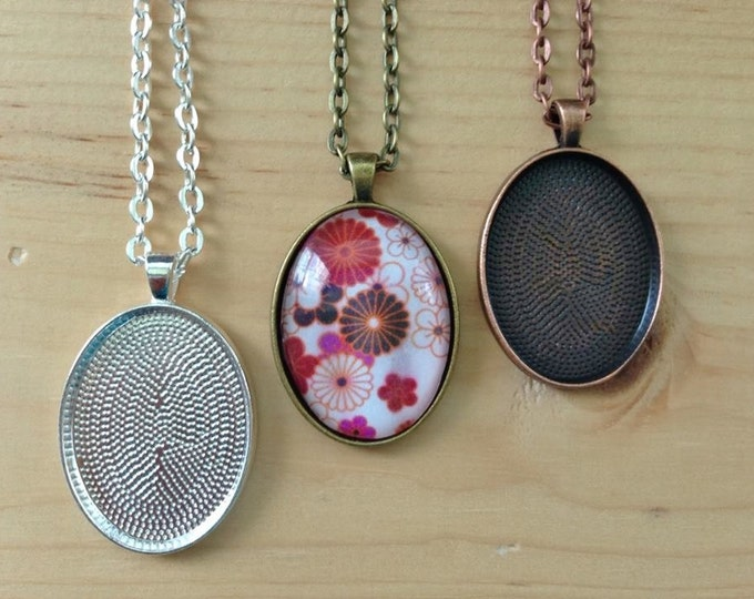 10 Oval Pendant Trays with Oval Glass Tiles...22 x 30mm.. Mix and Match Colors