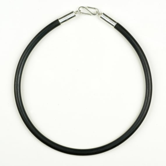 Sterling Silver Black Rubber Cord Choker Collar Necklace 18.5