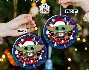 Green Bay Packers Christmas Ceramic Ornament, Baby Yoda Green Bay Packers Ornament, Baby Yoda Nfl Gifts, Green Bay Packers Xmas Decor