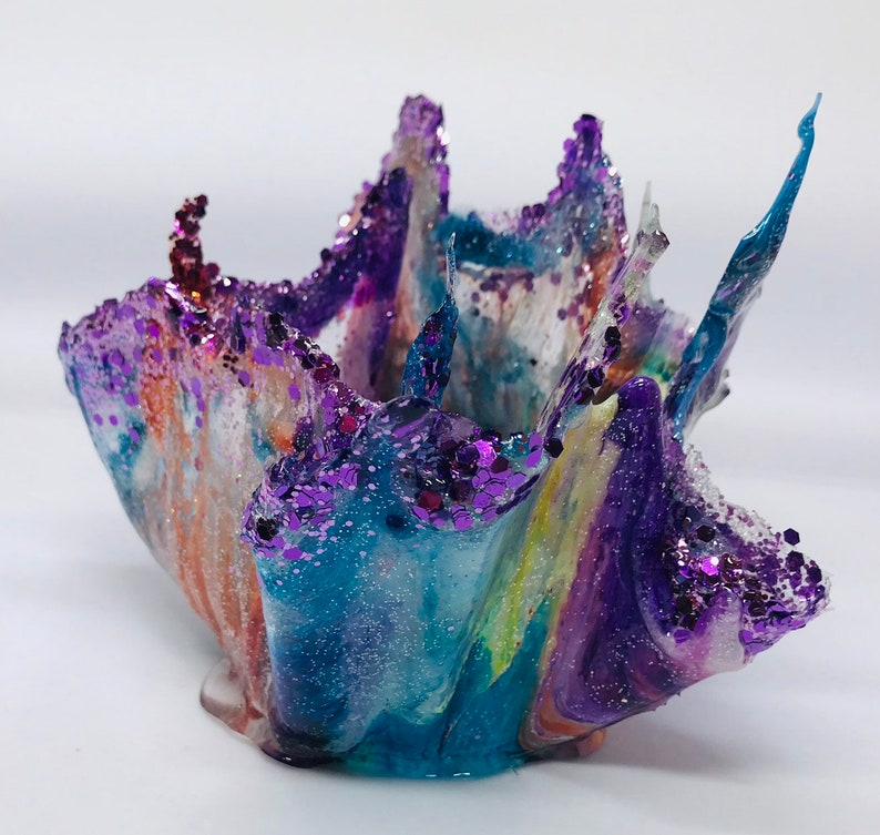 Resin trinket bowl epoxy resin sculpture trinket dish image 0