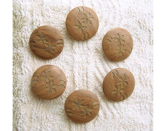 Etched Flower Buttons, 25mm 1 inch - Hazelnut Brown Zen Floral Shank Buttons - 6 NOS Faux-Wood Brown Coat Sewing Buttons w/ Flowers PL103 bb
