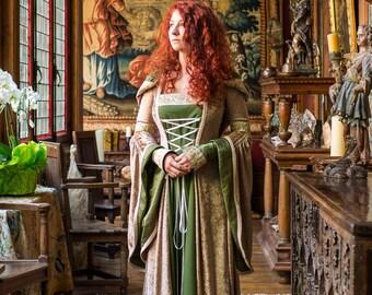 OOAK magnifique robe inspiration médiévale Game of Thrones Seigneur de la mariée anneaux celtique mariage robe forêt Taille médium