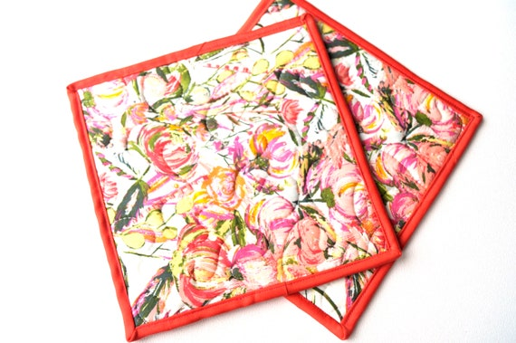 Quilted Fabric Pot Holders in Pink Floral Pattern, Colorful Modern Hot Pads, Set of Two