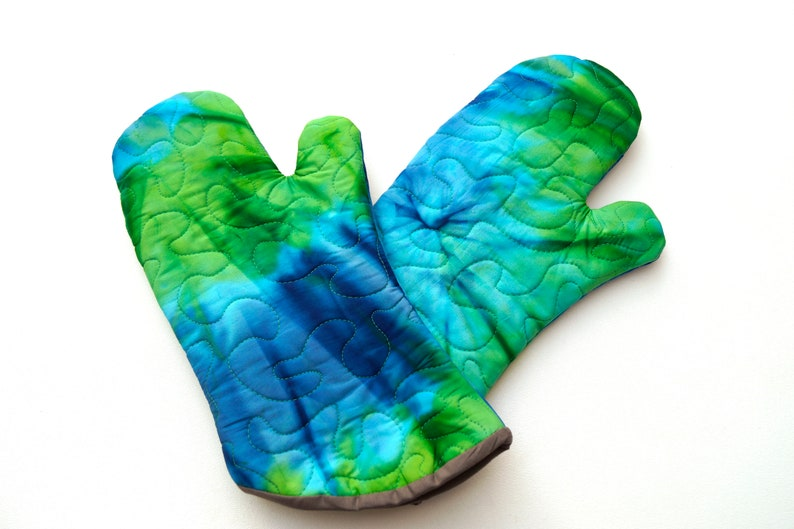 Quilted Batik Fabric Oven Mitt in Shades of Blue and Green Vibrant Jewel Tone Cloth Kitchen Linen