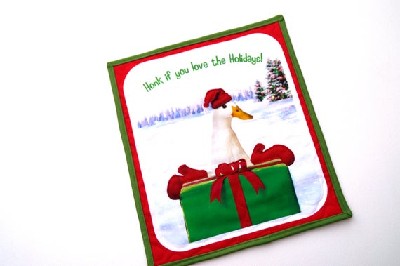Goose Wall Hanging with the quote Honk If You Love the Holidays!, Christmas Fowl Mini Quilt