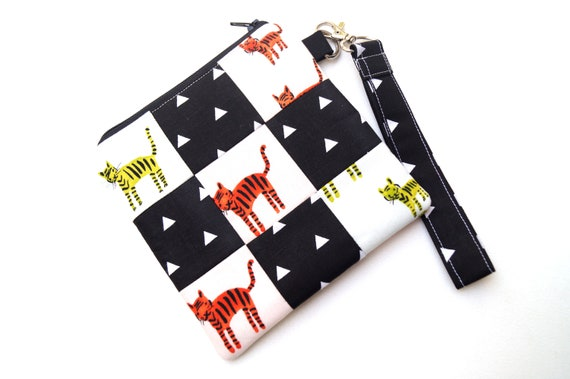 Cat Fabric Wristlet Bag, Modern Patchwork Kitten Cloth Pouch