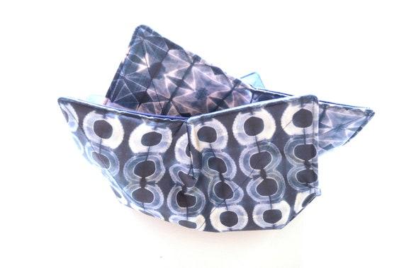 Microwave Bowl Cozy with Indigo Blue Shibori Print Fabric in Circle or Diamond Pattern