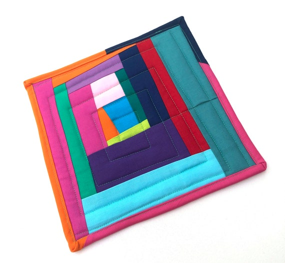 Quilted Fabric Pot Holder with Colorful Patchwork, Modern Cloth Hot Pad