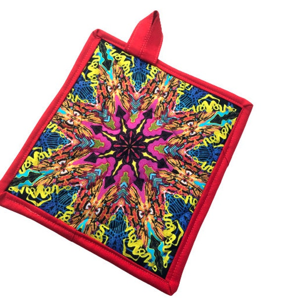 Colorful Medallion Pattern Quilted Fabric Pot Holder