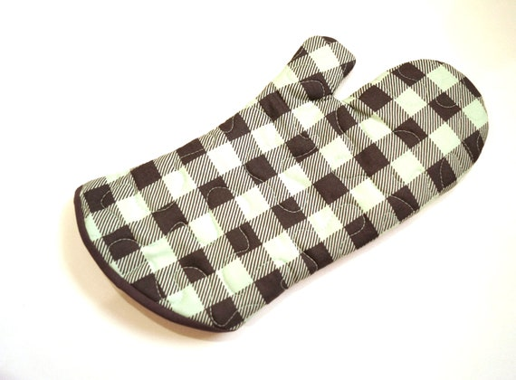 Quilted Oven Mitt with Buffalo Plaid in Mint Green and Charcoal Grey with Hanging Tab Option