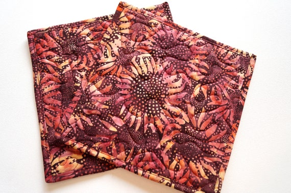 Quilted Cloth Pot Holders with Vibrant Sunflower Pattern, Batik Fabric Hot Pads, Set of Two