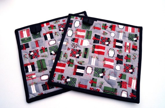 Christmas Fabric Quilted Pot Holders With Holiday Gift Pattern, Choice of One or Two with Hanging Tab Option