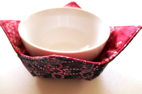Microwave Bowl Cozy with Pink and Blue Batik Fabrics, Soup or Ice Cream Bowl Holders