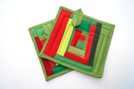 Quilted Pot Holders in Christmas Color Patchwork, Red and Green Fabric Hot Pads, Set of Two