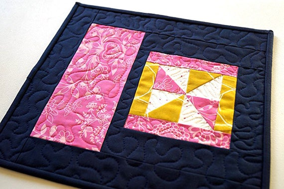 Quilted Mug Rug in Modern Pinwheel Design, Patchwork Place Mat in Colorful Fabrics