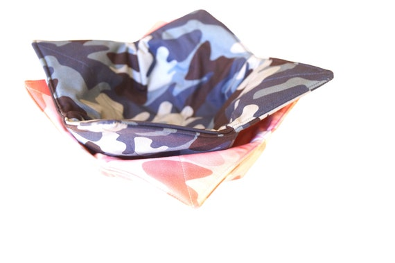 Microwave Bowl Cozy with Camo Pattern Fabric in Pink or Blue, Soup or Bread Bowl Holder