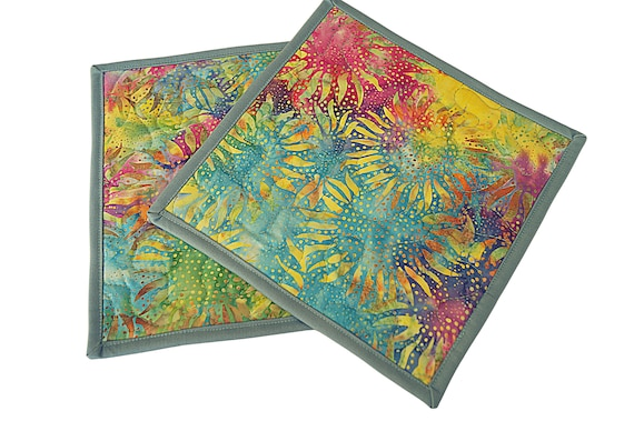 Quilted Pot Holders in Bright and Colorful Sunflowers, Tropical Batik Fabric Hot Pads