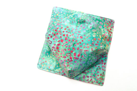 Microwave Bowl Cozy with Melon Green Batik Fabric, Soup or Ice Cream Bowl Holder