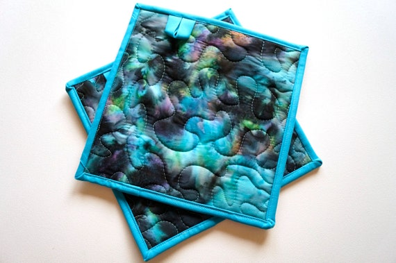 Quilted Batik Fabric Pot Holders with Aurora Borealis Pattern, Choice of One Hot Pad or Set of Two with Hanging Tab Option