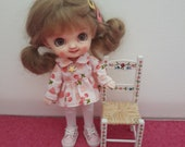 Miniature hand made and hand painted chair for Petite Blythe or STO dolls original design diorama room-box