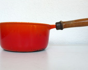 Descoware Flame 1 1/2 Quart Sauce Pan