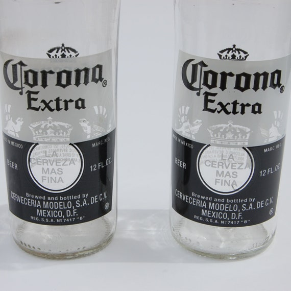 Corona Extra etiquette du flacon bleu marine T-shirt bleu
