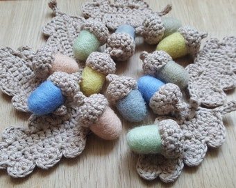 6 oak beige leaves Spring 12 felted wool Acorn garland pastel home decor enchanted forest Birthday party gift beige moss autumn garland