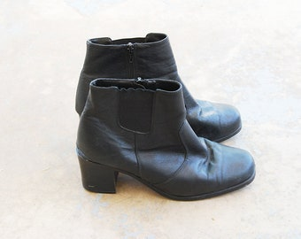 vintage 90s Ankle Boots - 1990s Black Leather Chelsea Boots - Chunky Heel Boots Sz 9 40