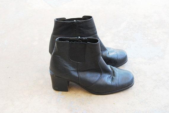 vintage 90s Ankle Boots - 1990s Black Leather Chel