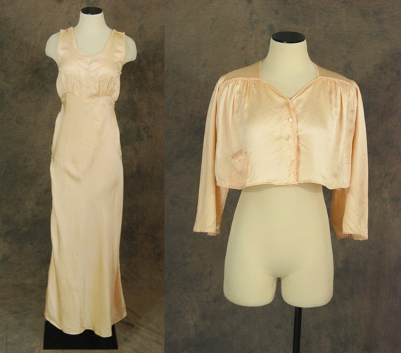 vintage 30 40s Silk Bed Jacket and Night Gown - 1… - image 1