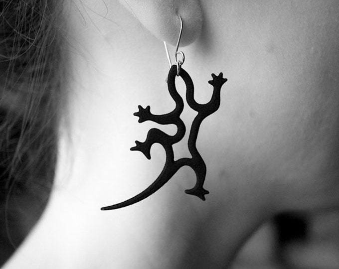 Black Gecko Earrings, Lizard Jewelry in Resin and Silver