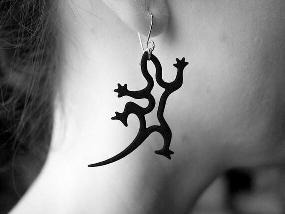Black Gecko Earrings, Lizard Jewelry in Resin and Silver