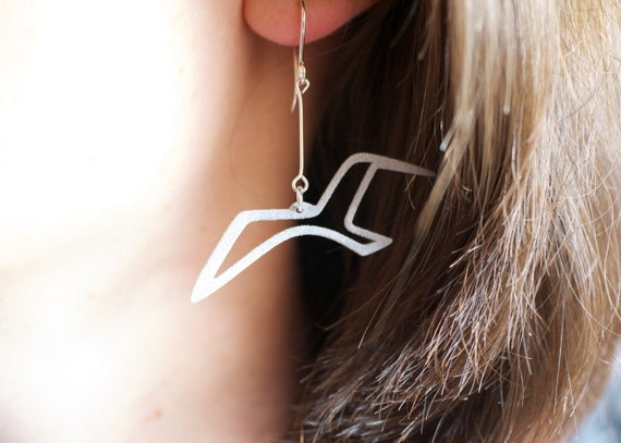 Sea Bird Earrings Gift, Silver Grey Seagull Jewelry Gift for Wife