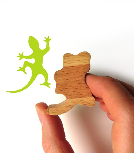 Gecko Stamp with Wooden Handled and Gecko Rubber
