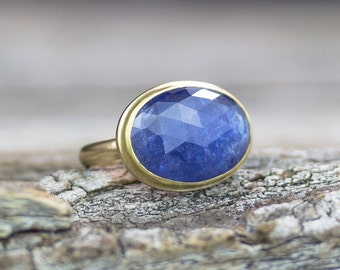 Tanzanite 18k Gold Statement Ring, Tanzanite Ring, Solid Gold Ring, Fine Jewelry, Luxury Ring, Recycled Gold Ring, Boho Ring
