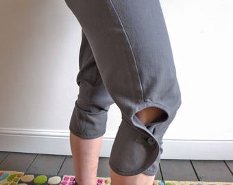 cropped keyhole trousers - size M - 4 pocket modern knickerbockers - from marissa v. ARCHIVE