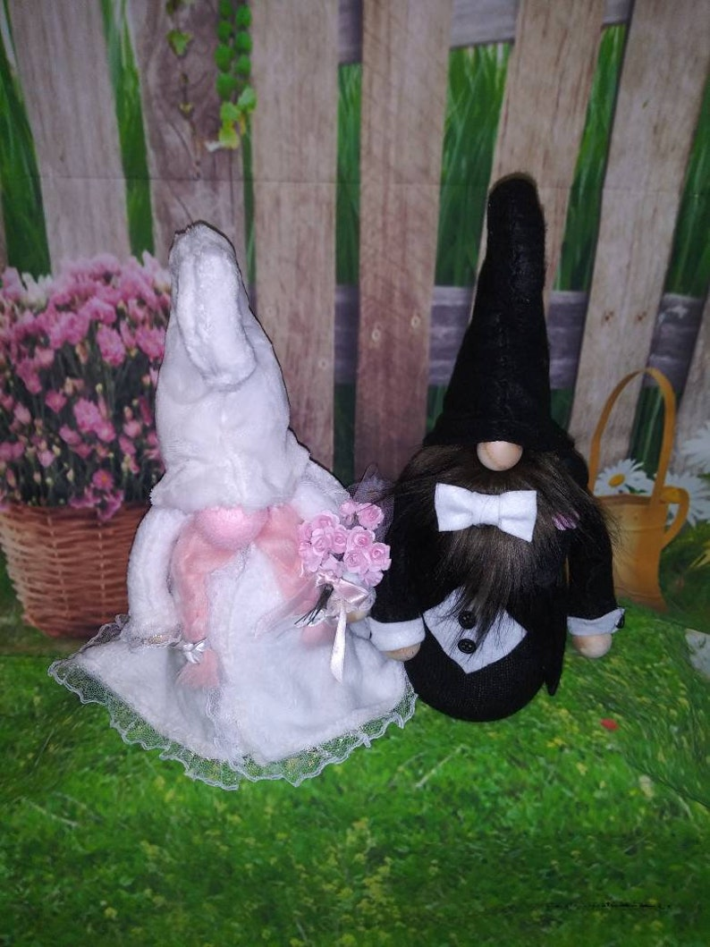 Bride and Groom Gnomes image 0