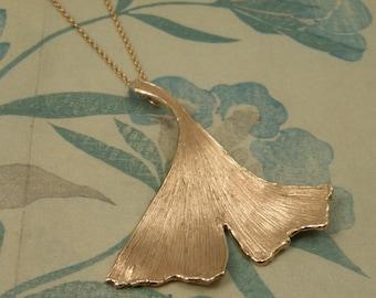 Pendant * Rose gold * Ginkgo leaf * Handmade beauty * Oogst goldsmiths