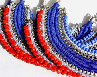 GUATAPÉ royal blue and coral red statement necklace