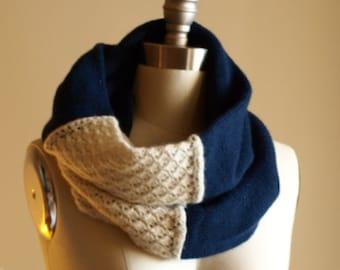Knitting Pattern PDF x Grace Cowl x Cozy Merino Cowl x Vintage Style Neck Warmer x Lace Knit Cowl x Seamless Knitting Pattern x Boho Chic