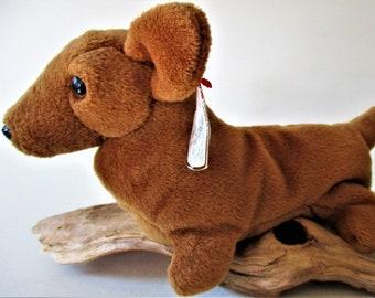 a50aead55b6 Ty Beanie Baby Retired WEENIE Dachshund Puppy Dog Original Brown Plush Toy  Animal Collectible 1995 July Birthday Rare Gift Free Shipping