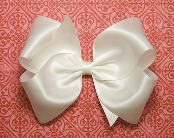 06110599a3431 Special occasion bow