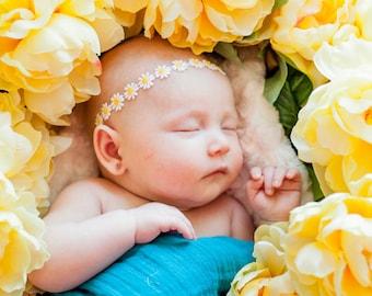 Daisy Halo for Babies, Daisy Chain Headband, Ready to Ship Baby Headband, Daisy Head Wreath, White, Yellow, Fairy Headband, Spring Baby Halo