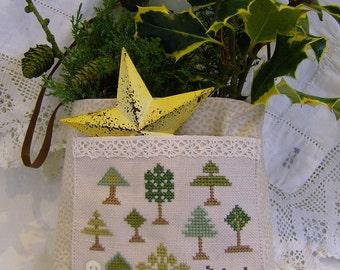 Cross Stitch primitive style decorative bag
