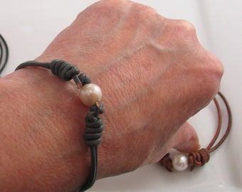 Leather and Freshwater Pearl Bracelet, Knotted Sliding Leather and Pearl Cuff, Choose Color Black Brown Copper or Gray, Hippie Boho Fashion
