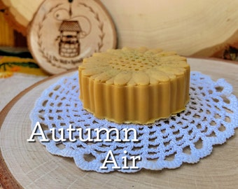 AUTUMN AIR - Cruelty Free Goats Milk Soap with Turmeric - Scented with Apple, Fall Flowers, Leaves, Citrus, Woods and Cinnamon - 3 Ounce Bar