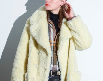 b1aef185f0 vintage 1990s oversized cream faux fur double breasted teddy coat UK10 12  EUR38 40