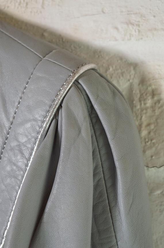 vintage 1970s long grey leather trench coat UK10 … - image 10
